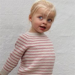 Friday Sweater Mini - strikkeopskrift fra PetiteKnit