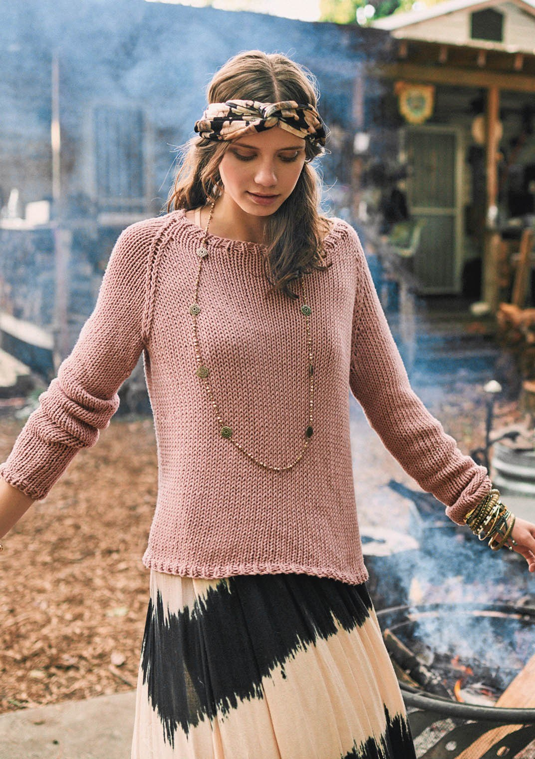 Sandnes strikkehæfte 1707 - model 1 Avery genser (sweater)