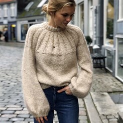 Sunday Sweater - strikkeopskrift fra PetiteKnit